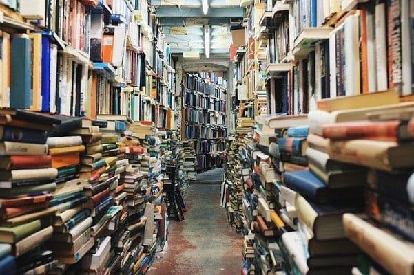 Co-zrobić-ze-starymi-książkami